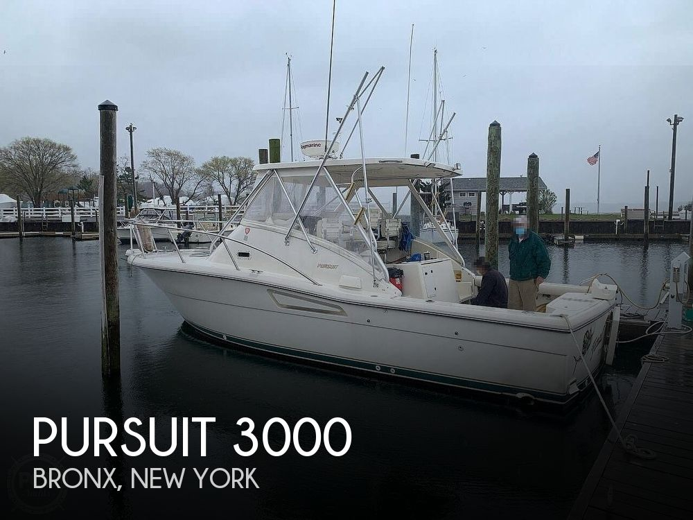 Used Fishing boats For Sale in New York by owner | 1996 Pursuit 3000 Express