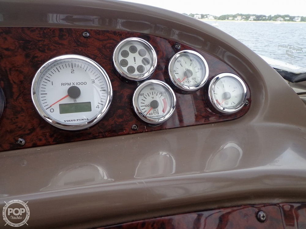 2006 Regal boat for sale, model of the boat is 3560 Commodore & Image # 20 of 40