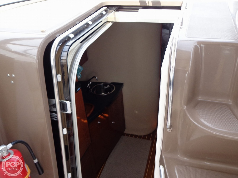 2006 Regal boat for sale, model of the boat is 3560 Commodore & Image # 37 of 40