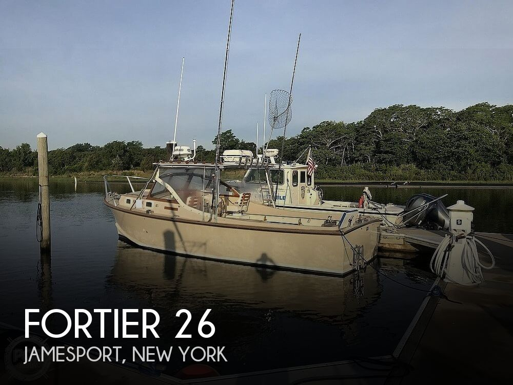 1982 Fortier boat for sale, model of the boat is 26 & Image # 1 of 1