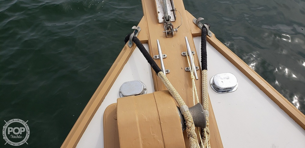 1978 Wasque boat for sale, model of the boat is 32 & Image # 17 of 40
