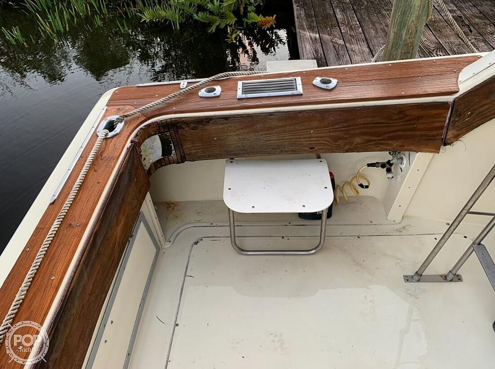 1982 Trojan boat for sale, model of the boat is 10 Meter International Sedan Flybridge & Image # 17 of 40