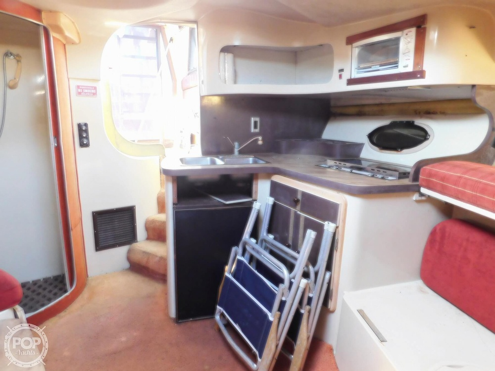 1982 Trojan boat for sale, model of the boat is 10 Meter International Sedan Flybridge & Image # 10 of 40