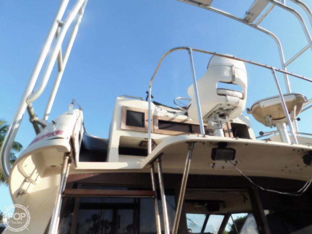 1982 Trojan boat for sale, model of the boat is 10 Meter International Sedan Flybridge & Image # 11 of 40