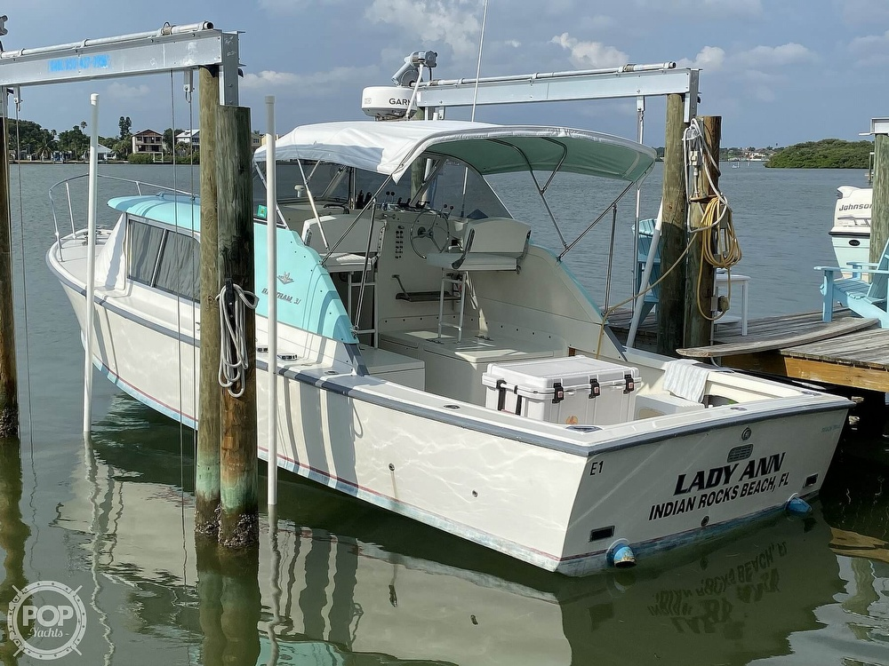 1964 Bertram boat for sale, model of the boat is Express 31 & Image # 4 of 40