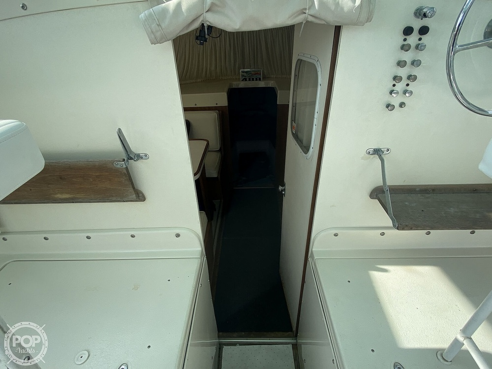 1964 Bertram boat for sale, model of the boat is Express 31 & Image # 14 of 40