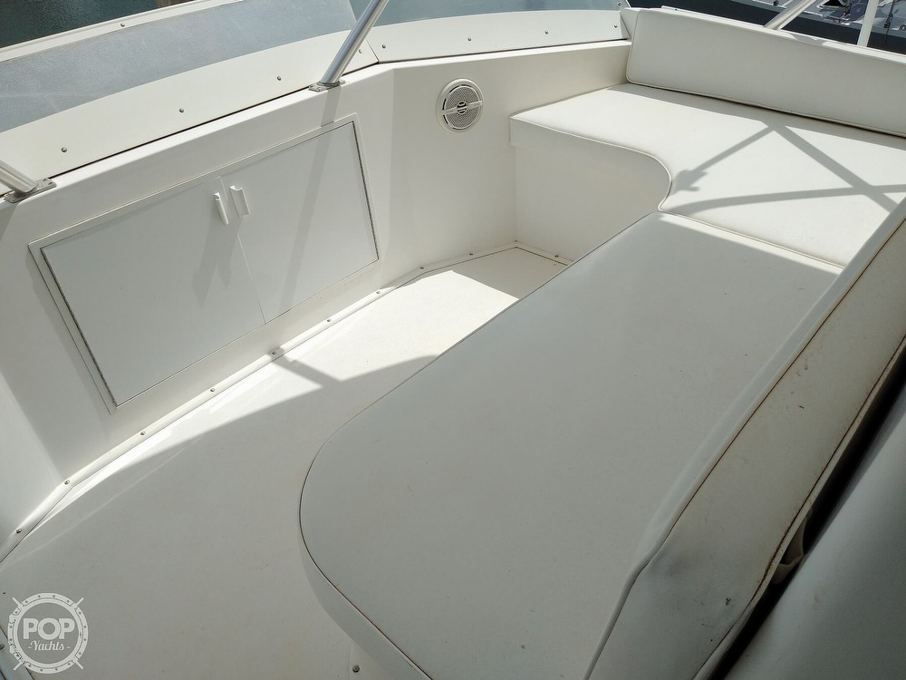 1998 Viking boat for sale, model of the boat is 47 & Image # 4 of 40
