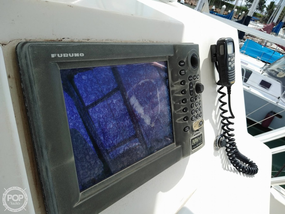 1998 Viking boat for sale, model of the boat is 47 & Image # 6 of 40
