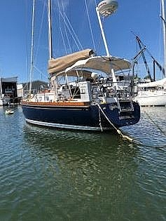 1984 Bristol boat for sale, model of the boat is 38.8 & Image # 3 of 41