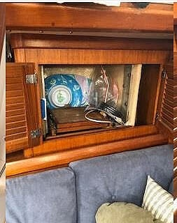 1984 Bristol boat for sale, model of the boat is 38.8 & Image # 28 of 41