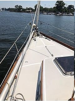 1984 Bristol boat for sale, model of the boat is 38.8 & Image # 39 of 41