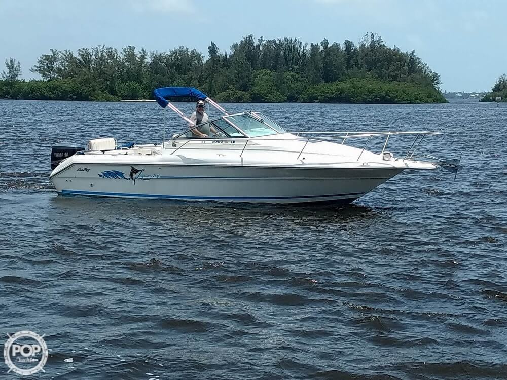 1996 Sea Ray boat for sale, model of the boat is Laguna 24 Flush Deck Cuddy & Image # 2 of 40
