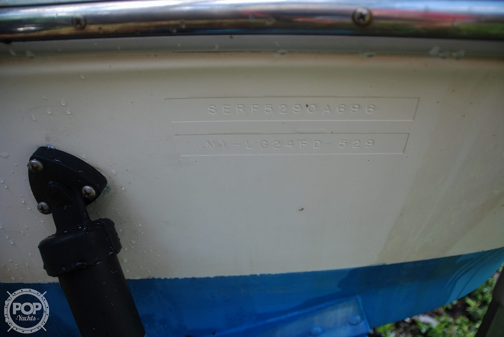 1996 Sea Ray boat for sale, model of the boat is Laguna 24 Flush Deck Cuddy & Image # 7 of 40