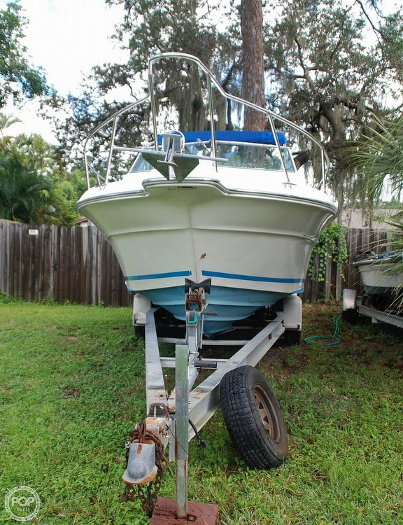1996 Sea Ray boat for sale, model of the boat is Laguna 24 Flush Deck Cuddy & Image # 9 of 40