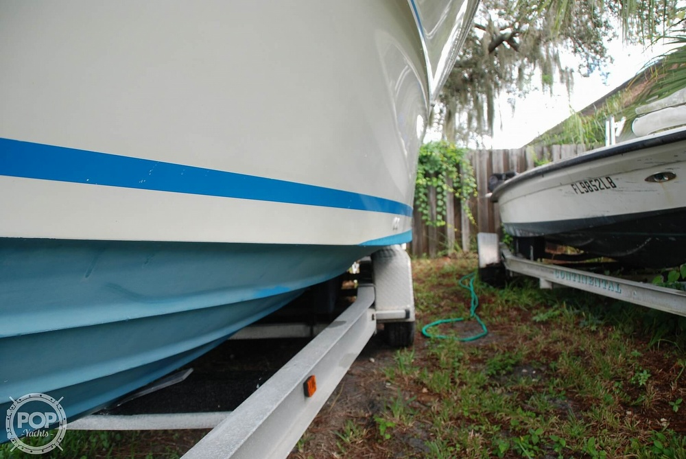 1996 Sea Ray boat for sale, model of the boat is Laguna 24 Flush Deck Cuddy & Image # 17 of 40
