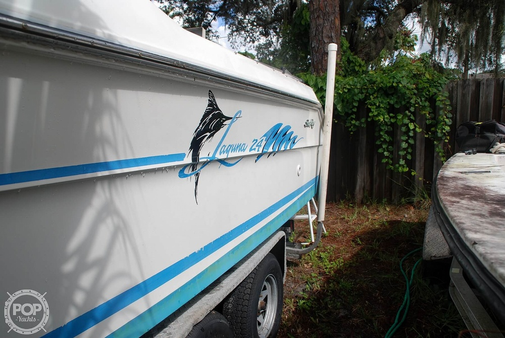 1996 Sea Ray boat for sale, model of the boat is Laguna 24 Flush Deck Cuddy & Image # 21 of 40