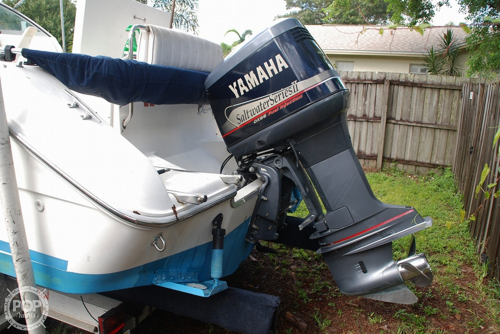 1996 Sea Ray boat for sale, model of the boat is Laguna 24 Flush Deck Cuddy & Image # 22 of 40