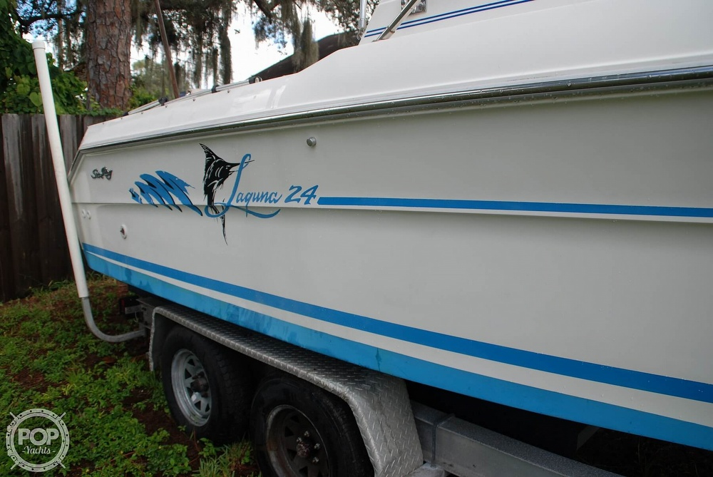 1996 Sea Ray boat for sale, model of the boat is Laguna 24 Flush Deck Cuddy & Image # 34 of 40