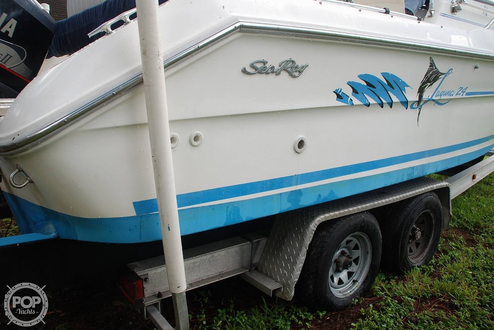 1996 Sea Ray boat for sale, model of the boat is Laguna 24 Flush Deck Cuddy & Image # 35 of 40