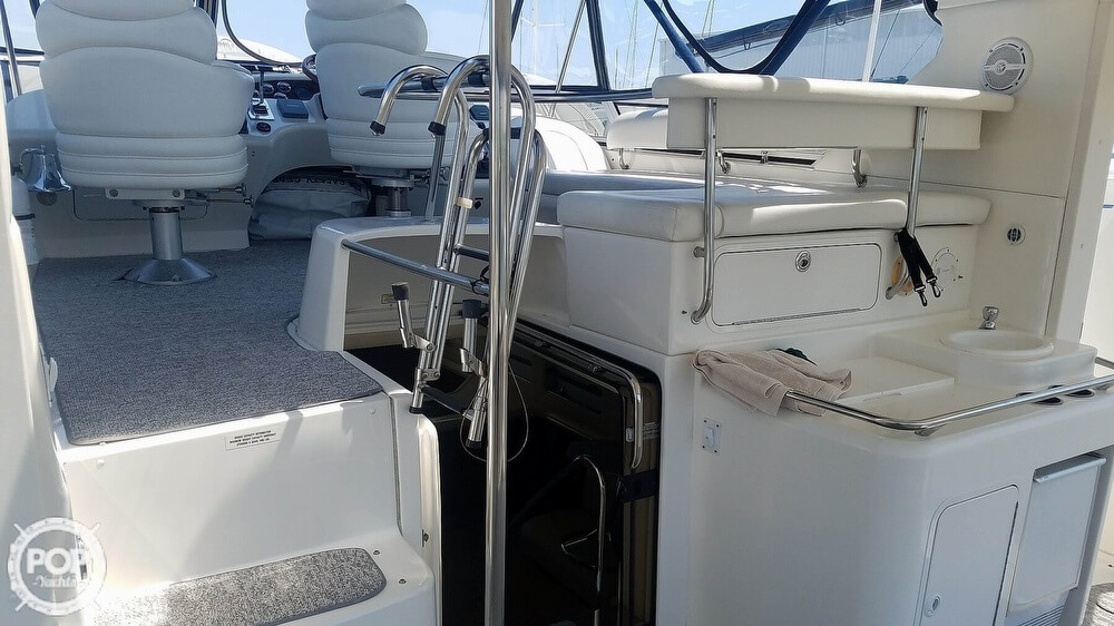 2000 Sea Ray boat for sale, model of the boat is 420 Aft Cabin & Image # 3 of 40
