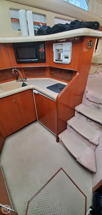 2000 Sea Ray boat for sale, model of the boat is 420 Aft Cabin & Image # 18 of 40
