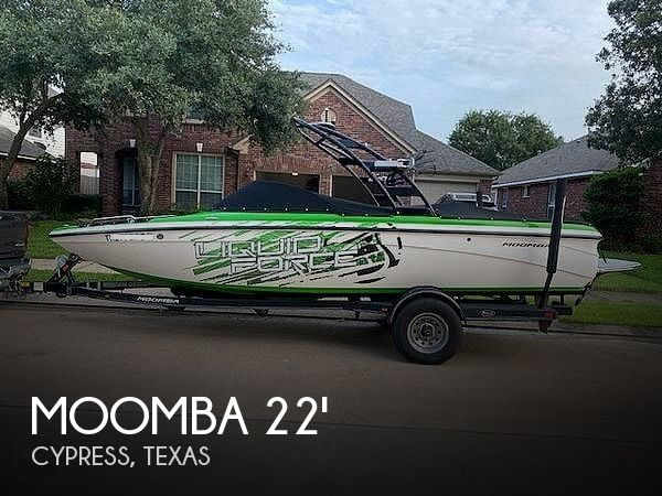 2012 Moomba boat for sale, model of the boat is LSV Liquid Force Package & Image # 1 of 40