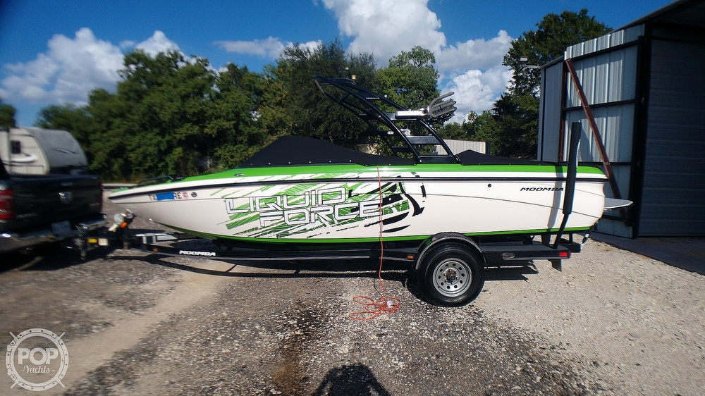 2012 Moomba boat for sale, model of the boat is LSV Liquid Force Package & Image # 12 of 40