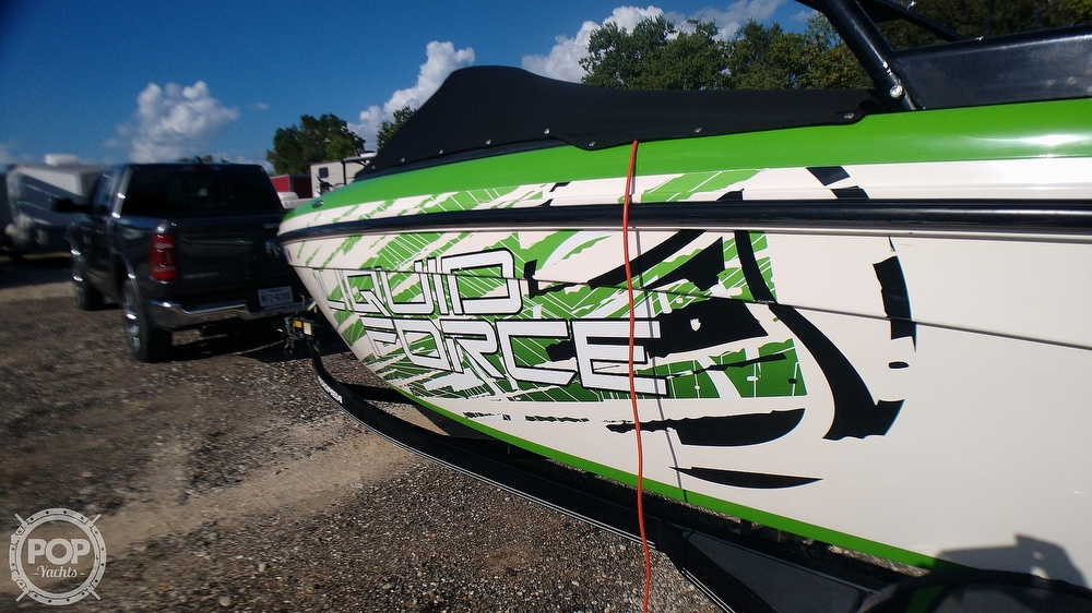 2012 Moomba boat for sale, model of the boat is LSV Liquid Force Package & Image # 28 of 40