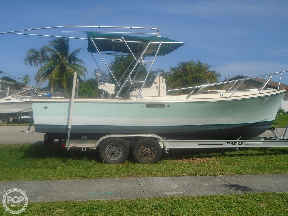 1989 Gulfstream Boats boat for sale, model of the boat is Morgan 25 CC & Image # 3 of 40