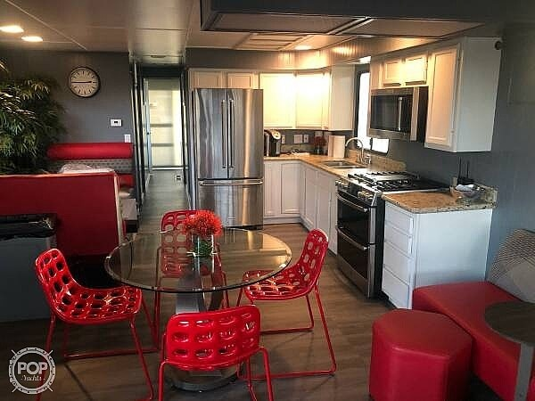 1996 Sumerset Houseboats boat for sale, model of the boat is 60 Foot Houseboat & Image # 11 of 40