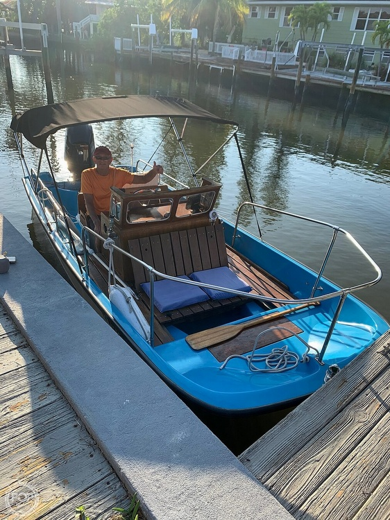 1964 Boston Whaler boat for sale, model of the boat is 16 Sakonet & Image # 17 of 19