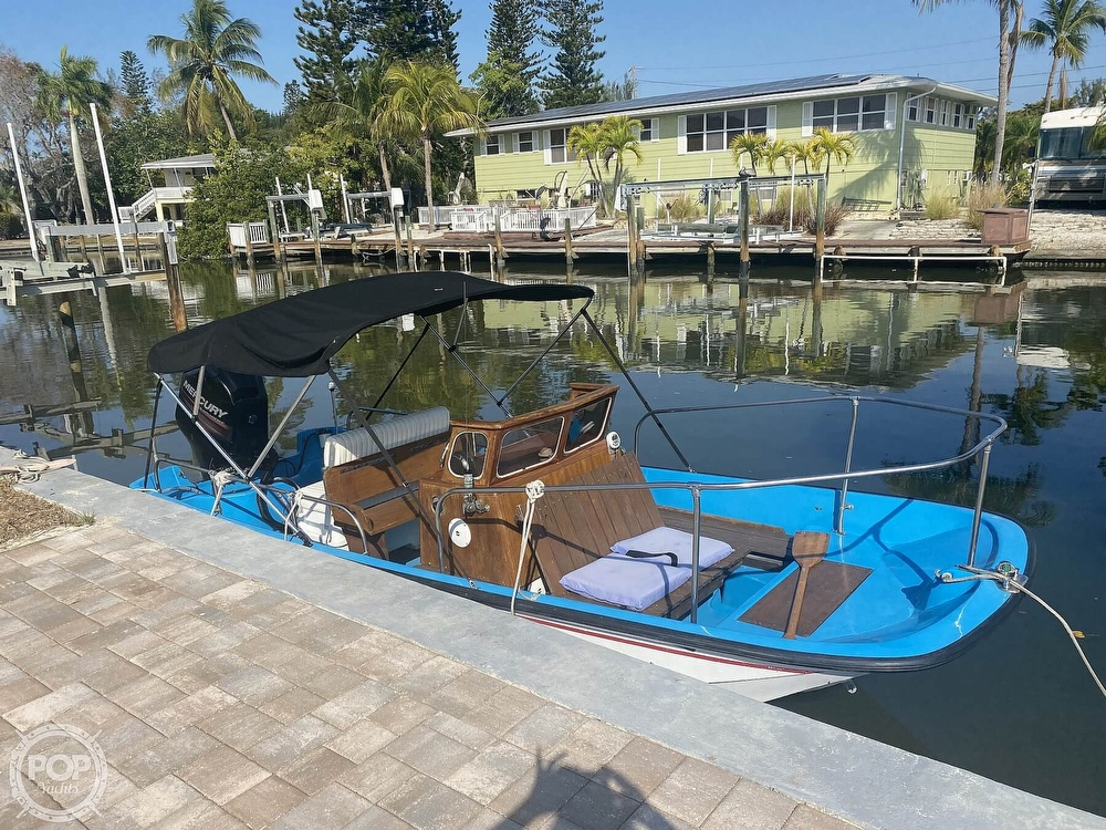 1964 Boston Whaler boat for sale, model of the boat is 16 Sakonet & Image # 6 of 31
