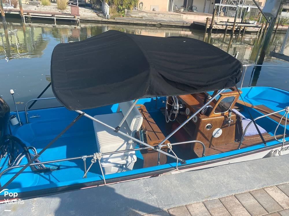 1964 Boston Whaler boat for sale, model of the boat is 16 Sakonet & Image # 11 of 31