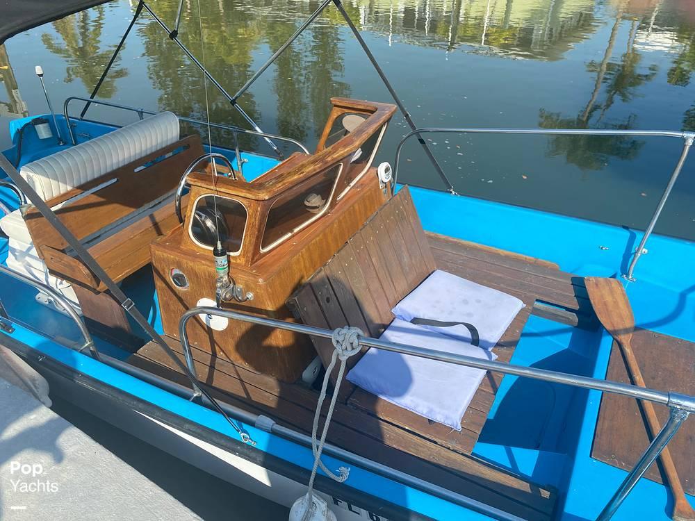 1964 Boston Whaler boat for sale, model of the boat is 16 Sakonet & Image # 13 of 31