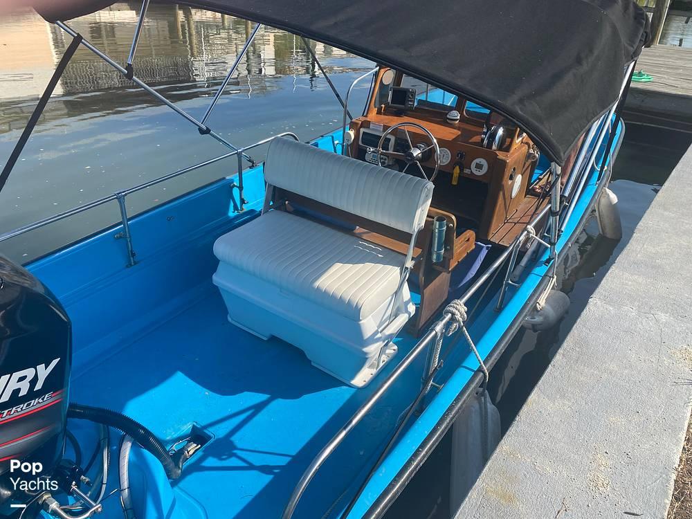 1964 Boston Whaler boat for sale, model of the boat is 16 Sakonet & Image # 21 of 31