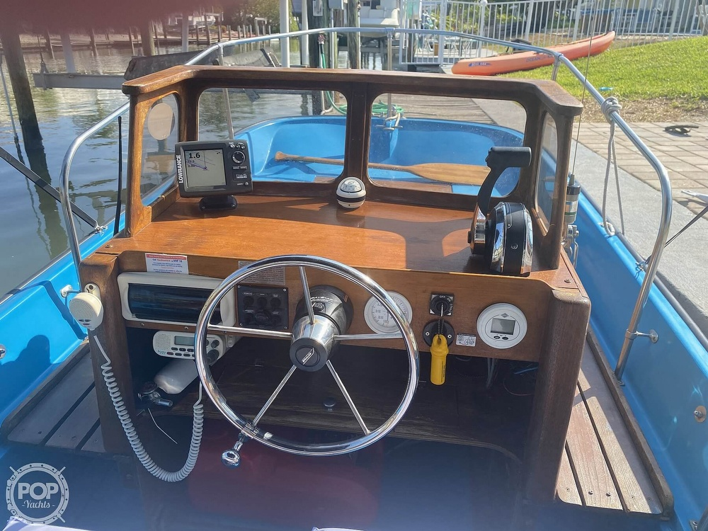 1964 Boston Whaler boat for sale, model of the boat is 16 Sakonet & Image # 16 of 31