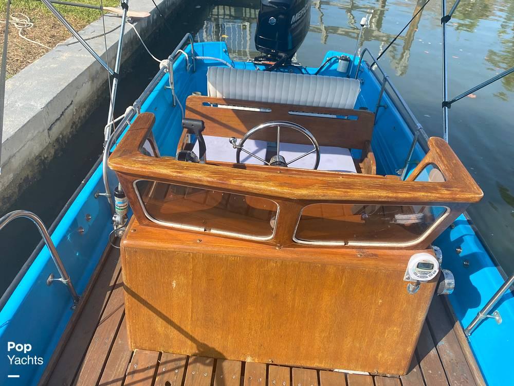 1964 Boston Whaler boat for sale, model of the boat is 16 Sakonet & Image # 24 of 31