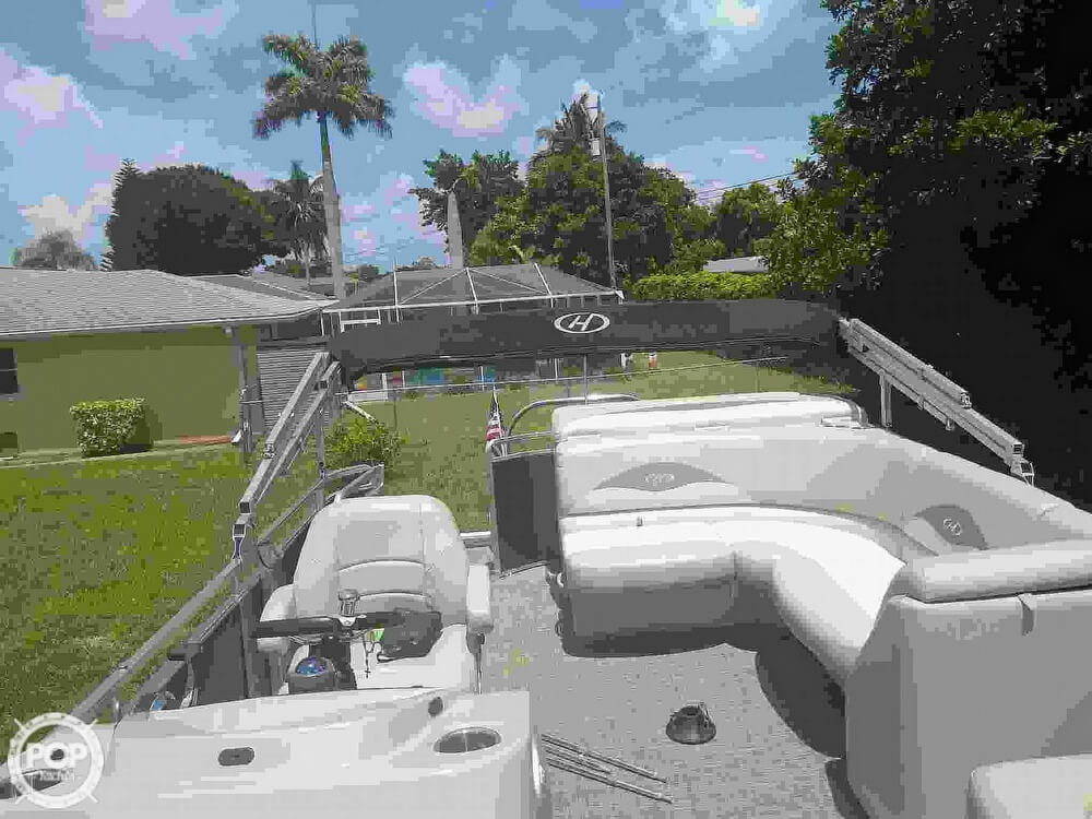 2016 Harris boat for sale, model of the boat is 220 Cruiser & Image # 8 of 41