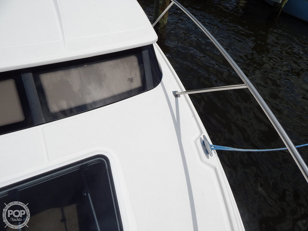 2008 Regal boat for sale, model of the boat is 2565 Window Express & Image # 14 of 40