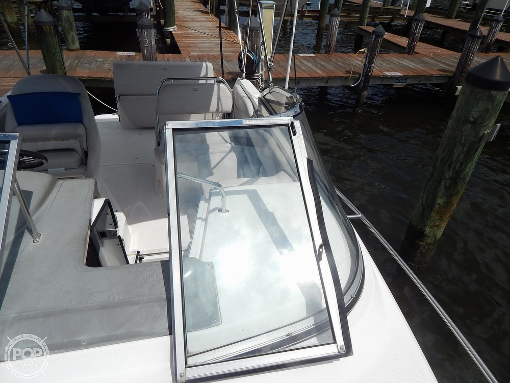 2008 Regal boat for sale, model of the boat is 2565 Window Express & Image # 24 of 40