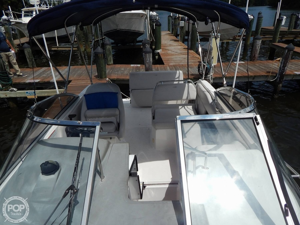 2008 Regal boat for sale, model of the boat is 2565 Window Express & Image # 25 of 40