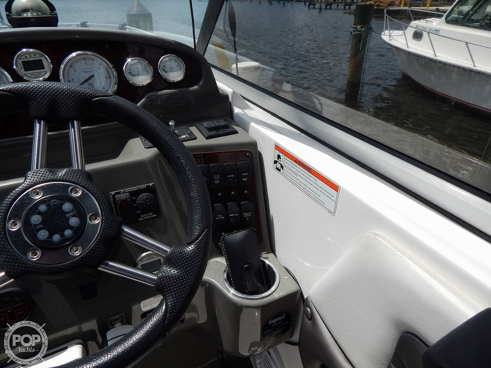 2008 Regal boat for sale, model of the boat is 2565 Window Express & Image # 27 of 40