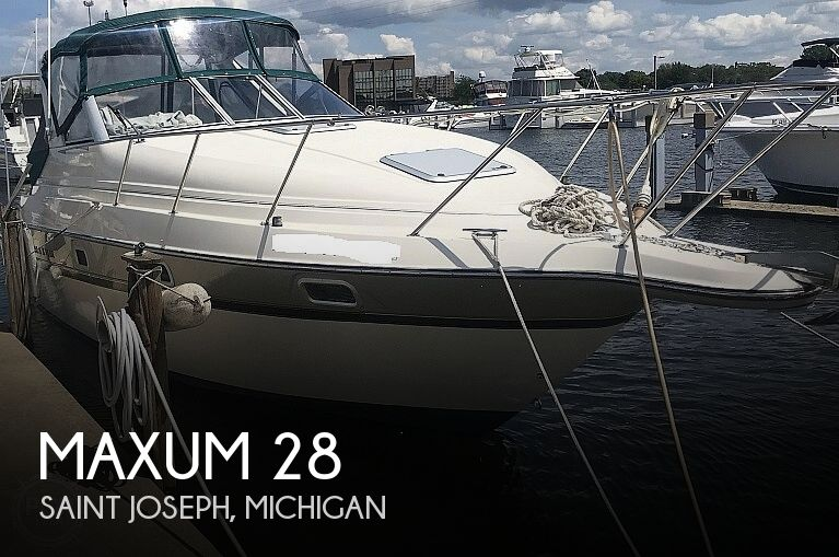 Used Maxum Boats For Sale in Michigan by owner | 1995 Maxum 28