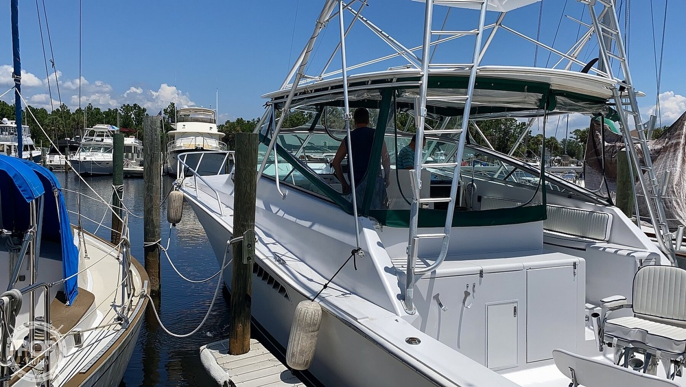 1995 Viking boat for sale, model of the boat is 43 Sportfish & Image # 8 of 40