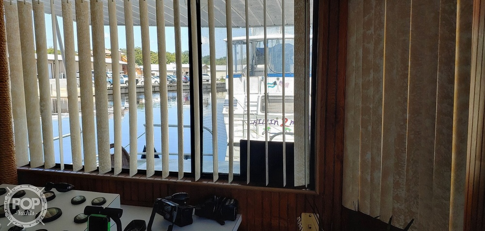 1992 Riverchase Cruisers Inc boat for sale, model of the boat is 14 x 66 & Image # 13 of 40