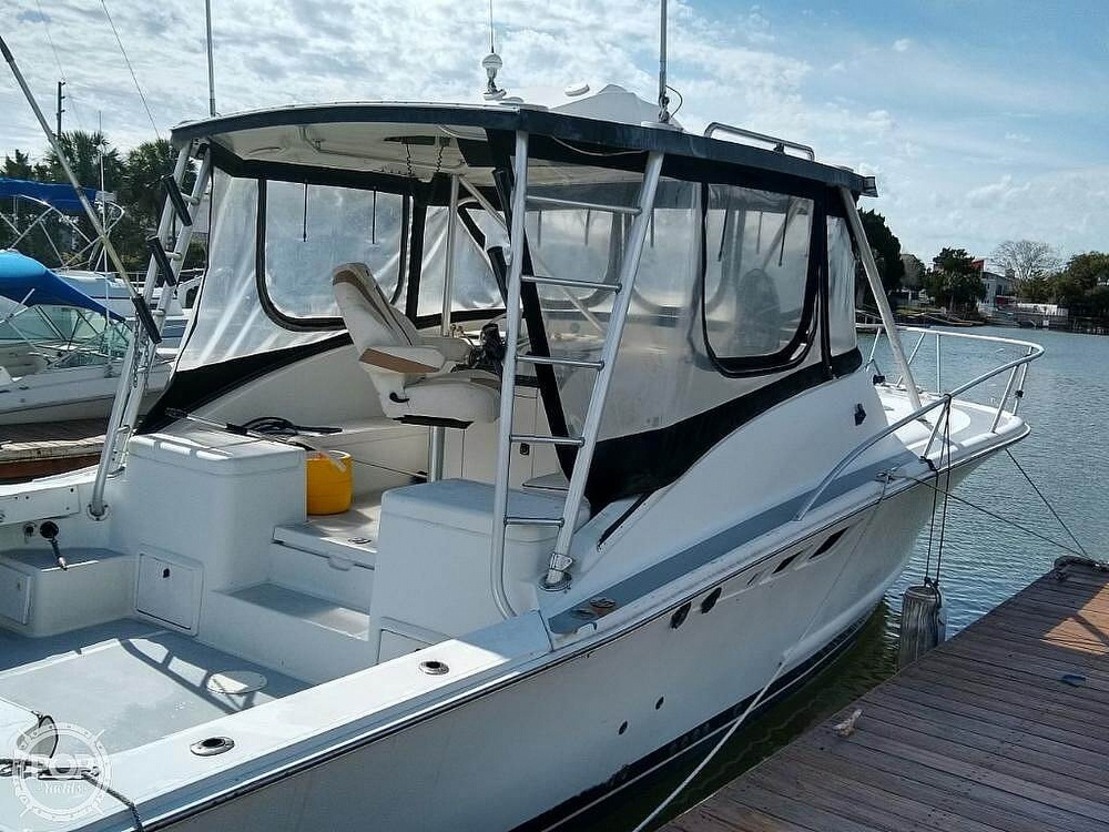 1995 Luhrs boat for sale, model of the boat is Tournament 320 Open & Image # 2 of 40