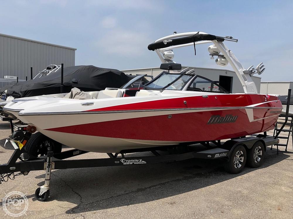 2017 Malibu boat for sale, model of the boat is WAKESETTER 22 MXZ & Image # 2 of 19