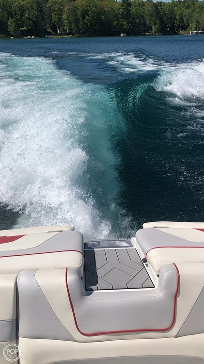 2017 Malibu boat for sale, model of the boat is WAKESETTER 22 MXZ & Image # 5 of 19