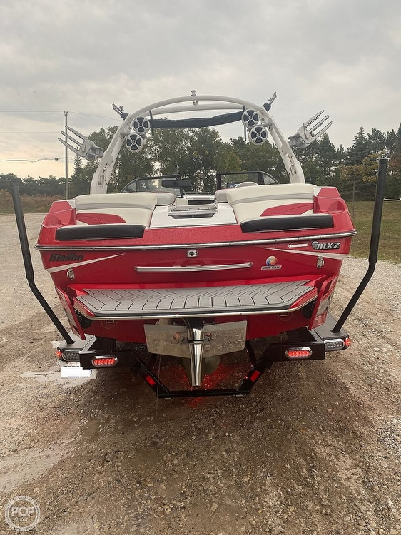 2017 Malibu boat for sale, model of the boat is WAKESETTER 22 MXZ & Image # 8 of 19