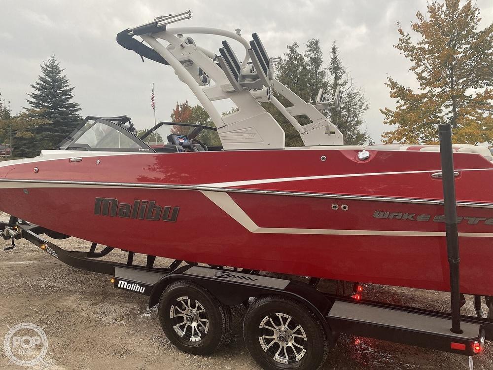 2017 Malibu boat for sale, model of the boat is WAKESETTER 22 MXZ & Image # 10 of 19